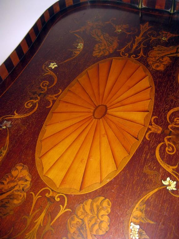 19th Century English Mahogany Tray with Fruitwood Inlay For Sale 4