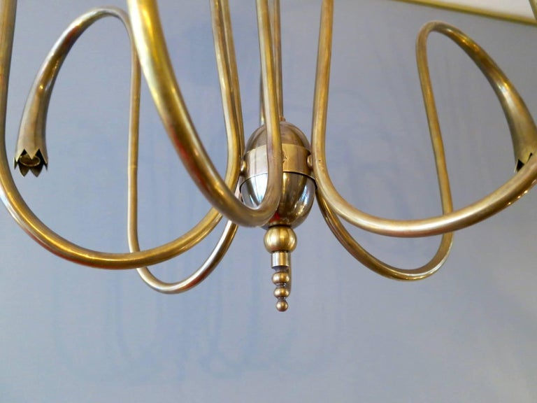 Large Brass Italian 1950s Chandelier In Excellent Condition For Sale In London, GB