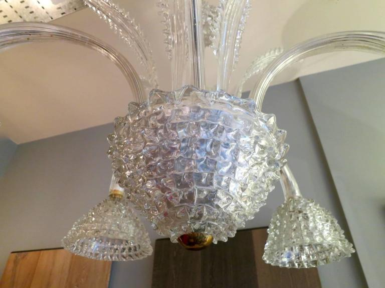 A large five-arm handblown Murano glass chandelier using the Rostrato technique. Attributed to Barovier e Toso. Very good quality, will be rewired for any country.