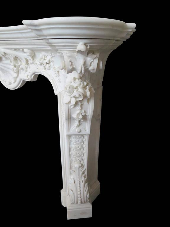 18th Century English Rococo Style Statuary White Marble Fireplace Mantel 4