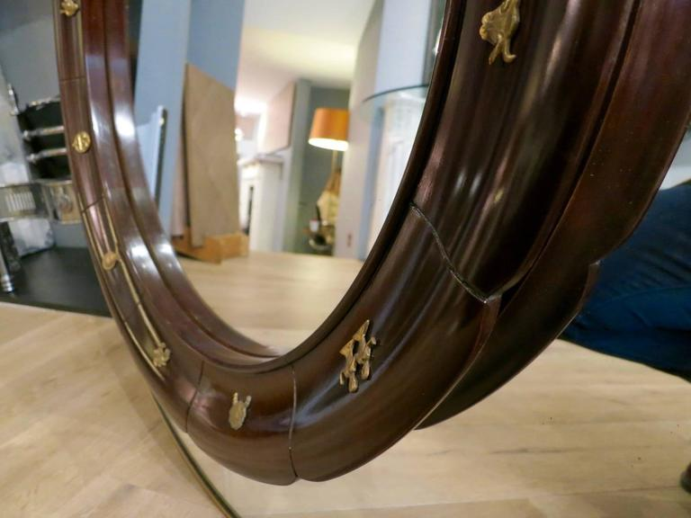 Circular Brass Framed Italian Mirror by Fratelli Marelli In Good Condition For Sale In London, GB