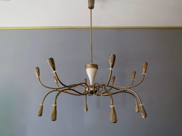 Italian Mid-Century Chandelier Attributed to Arredoluce For Sale 2