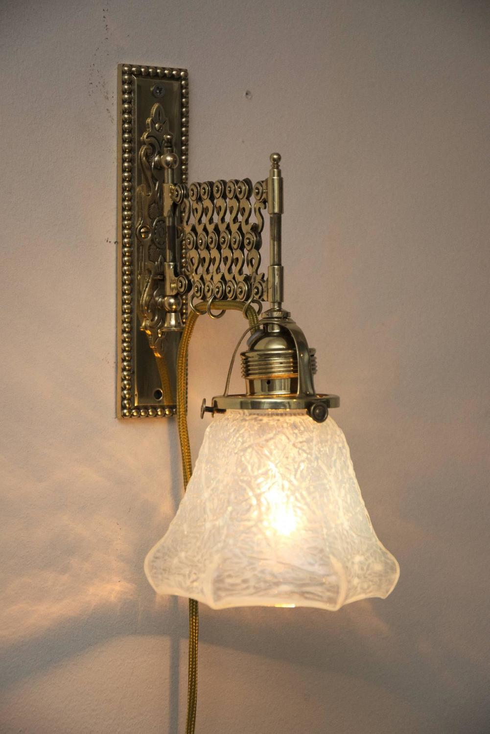Art Deco Extendable Wall Lamp with Opaline Glass For Sale at 1stdibs