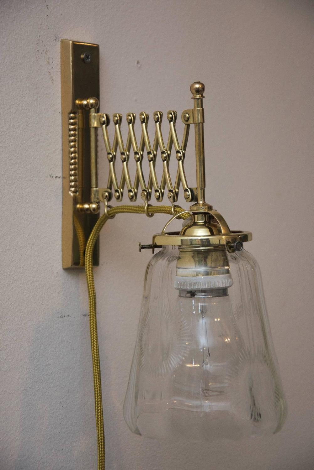 Wall Lights Extendable : Art Deco Extendable Wall Lamp with Clear Cut Glass For Sale at 1stdibs
