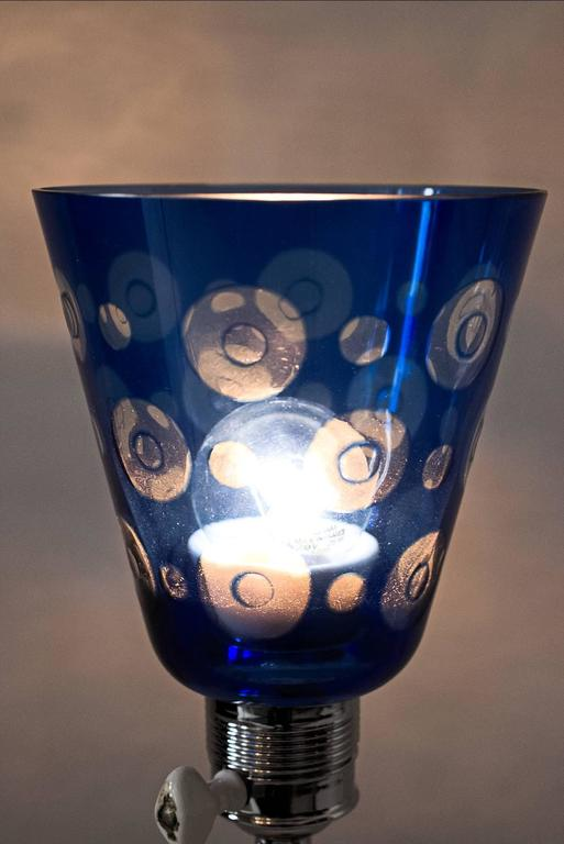 French Art Deco Table Lamp with Beautiful Glass 9