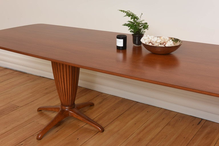 Italian Modern Mahogany Dining Table By Jannace For Sale
