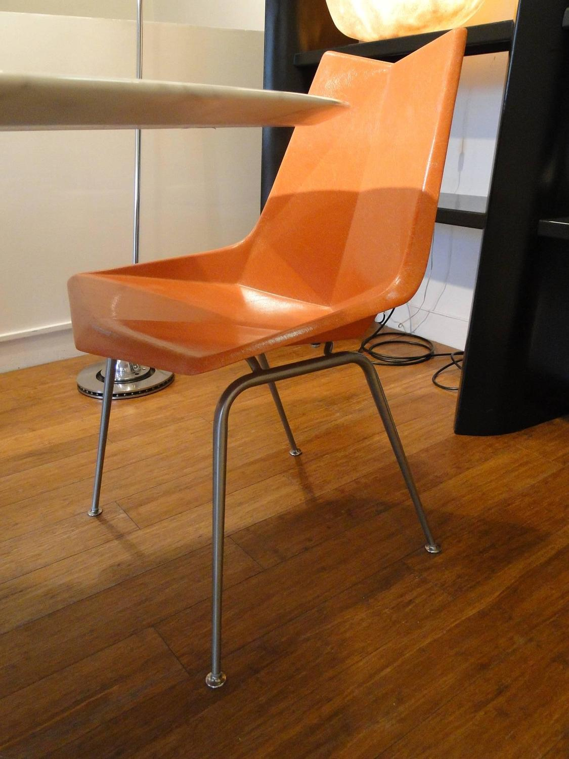 1950s Paul McCobb Fiberglass Origami Chairs For Sale At
