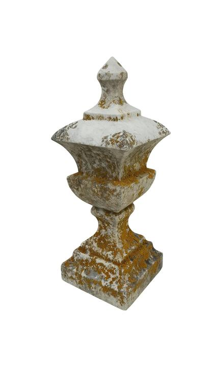 19th Century White Marble Finial - Sculpture 4