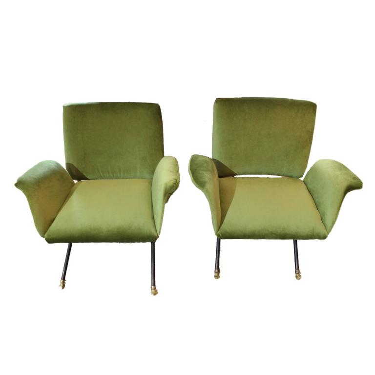moss design furniture id e inspirante pour la conception de la maison. Black Bedroom Furniture Sets. Home Design Ideas