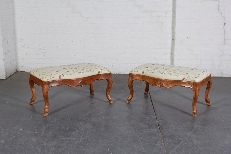 Pair of 19th Century Italian Walnut Serpentine-Front Benches 2