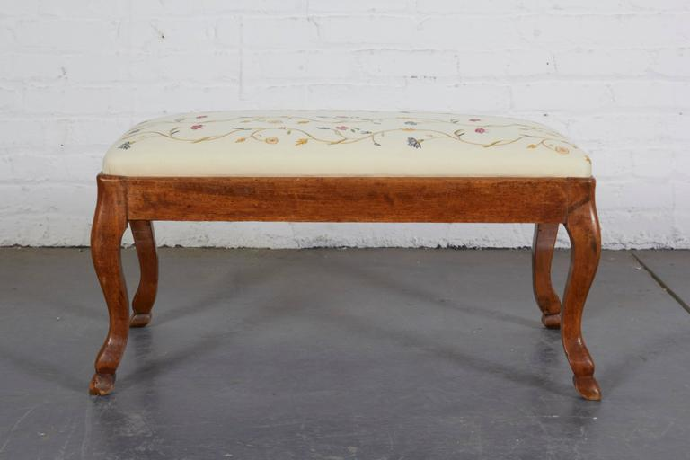 Pair of 19th Century Italian Walnut Serpentine-Front Benches 10