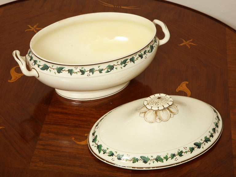 English Wedgwood Creamware Covered Tureen with Ivy Decoration For Sale