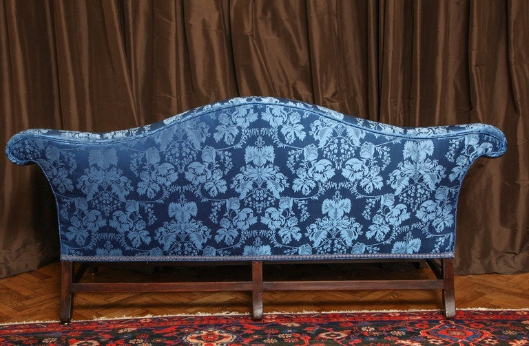 19th Century Chippendale Style Camelback Mahogany Sofa For Sale 2