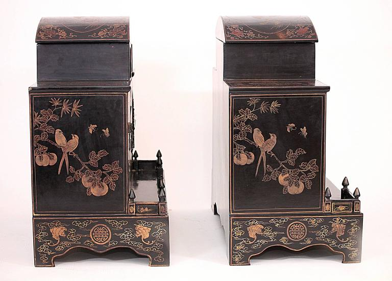 Pair of Early 20th Century Chinese Ancestral Shrines For Sale 1