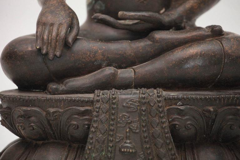 20th Century Bronze Buddha Sculpture For Sale 2