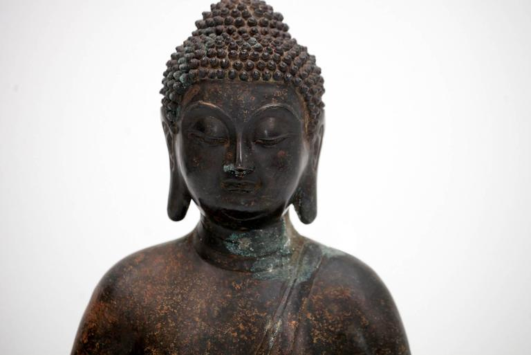20th Century Bronze Buddha Sculpture For Sale 1