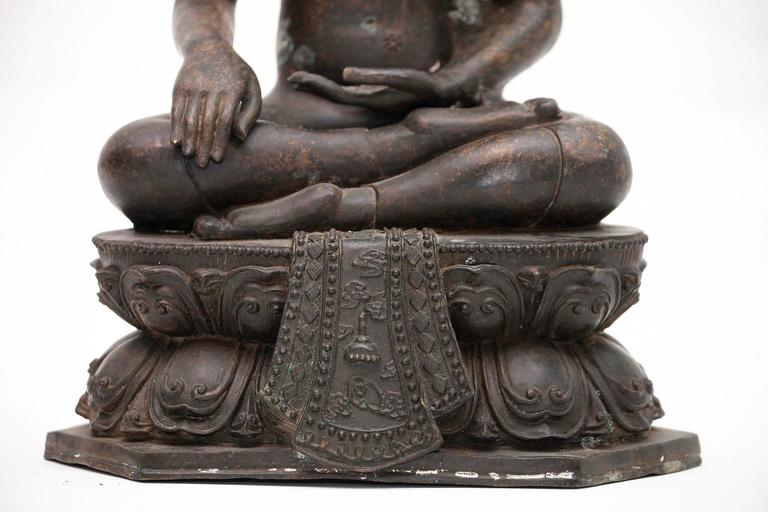 20th Century Bronze Buddha Sculpture For Sale 3