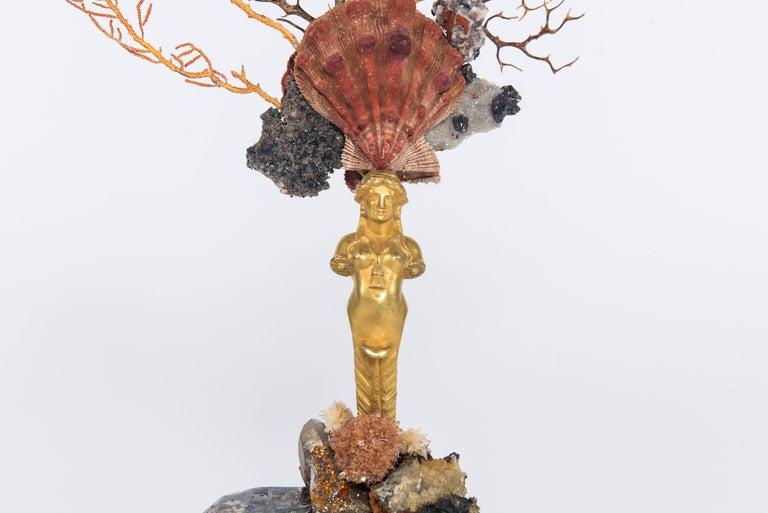 Calypso Coral Sea Fan Quartz Caryatid Sculpture In Excellent Condition For Sale In Houston, TX