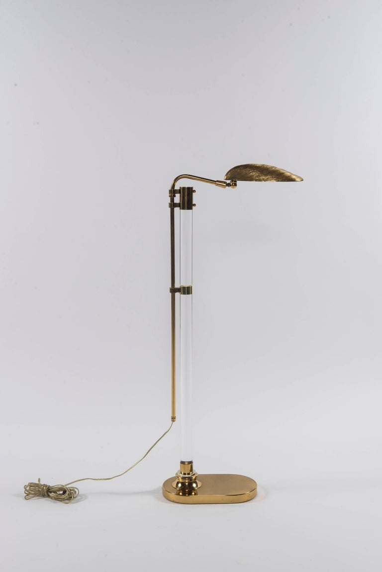 Pair Of Lucite Brass Clam Shell Floor Lamps At 1stdibs
