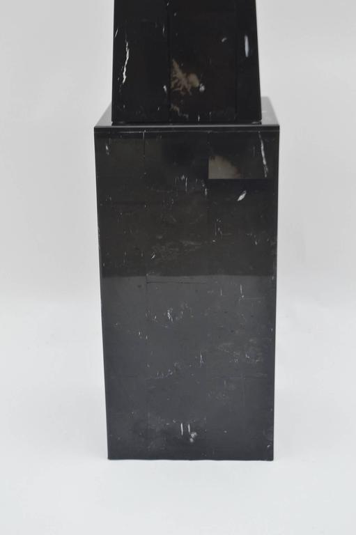 Pair of Black Marble Floor Obelisks In Good Condition For Sale In Houston, TX