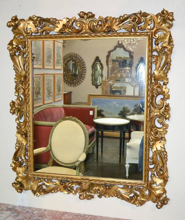 Superb 19th Century Pair of Italian Florentine Mirrors For Sale 1