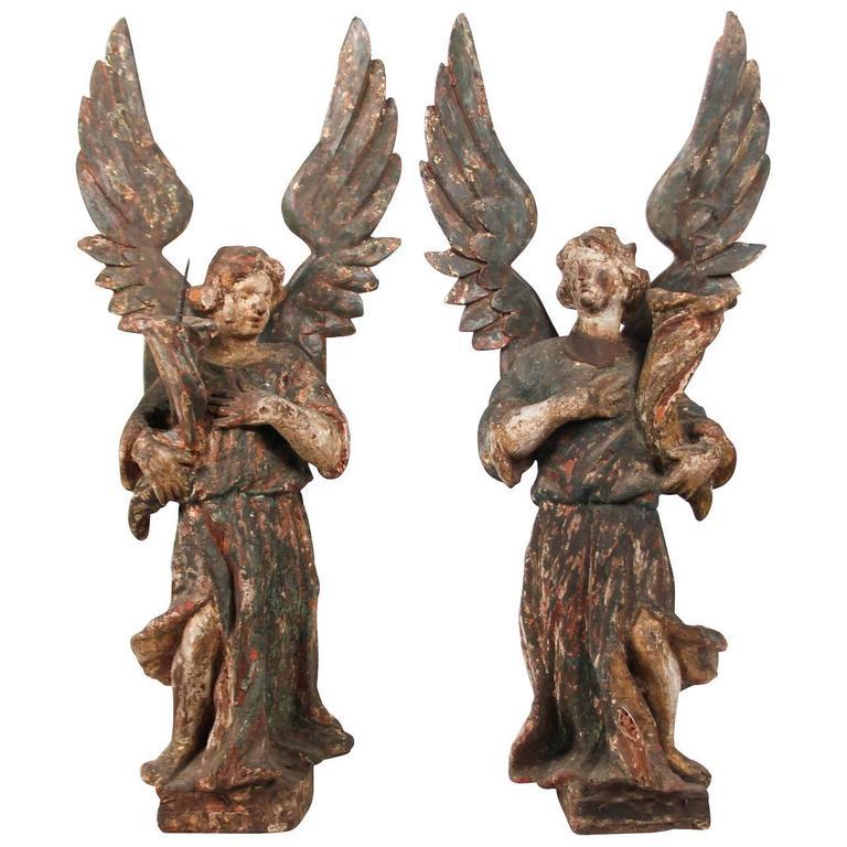 18th Century Pair of Italian Carved