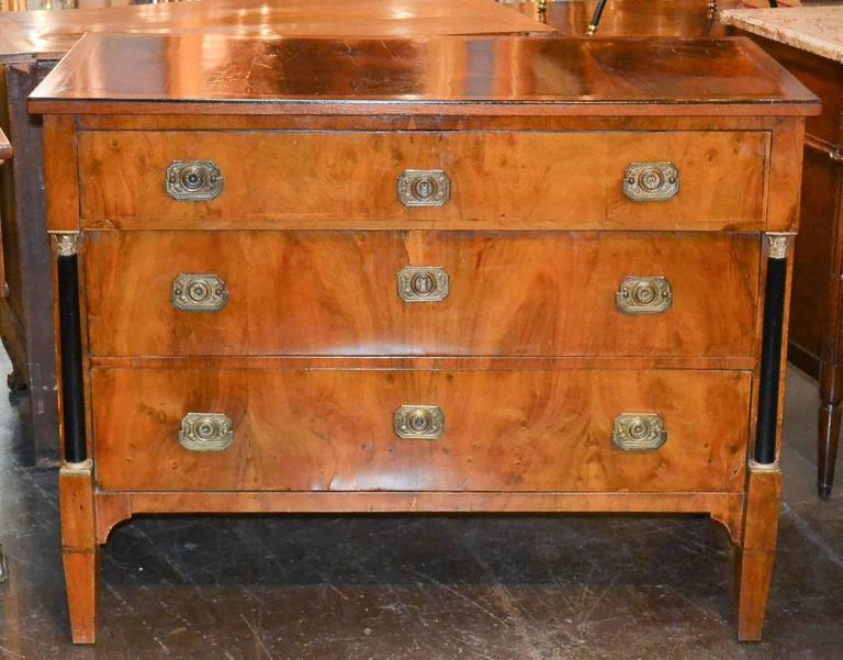 19th Century Continental Walnut Commode In Good Condition For Sale In Dallas, TX