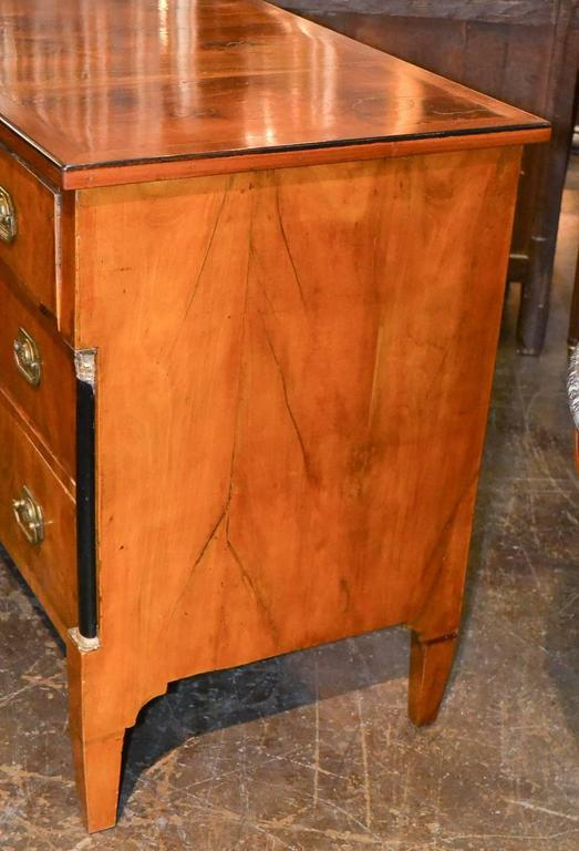 19th Century Continental Walnut Commode For Sale 2