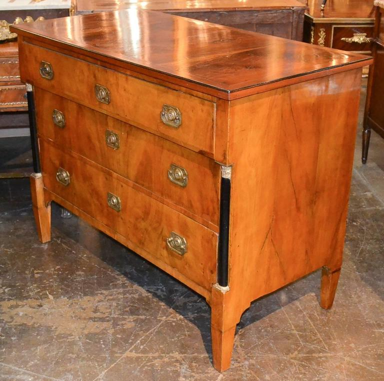 19th Century Continental Walnut Commode For Sale 3