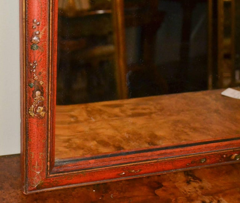 18th Century English Queen Anne Chinoiserie Mirror For Sale 2