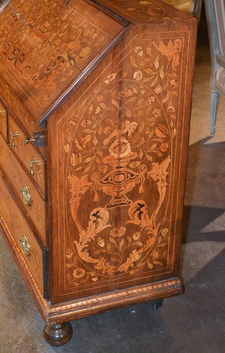 19th Century Continental Oak Bureau In Good Condition For Sale In Dallas, TX