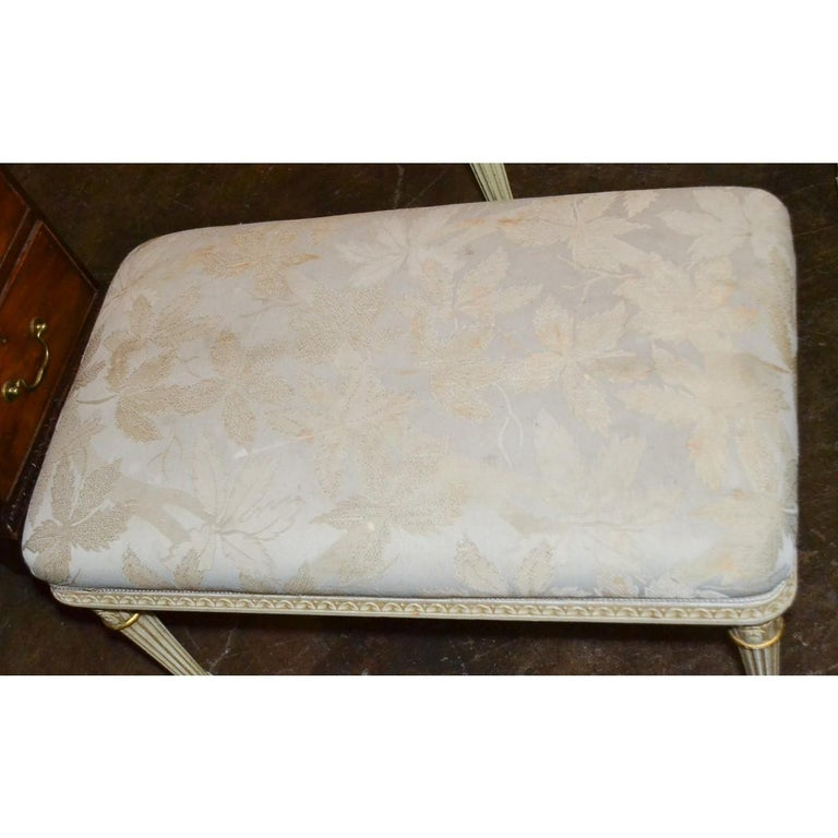 19th Century French Louis XVI Bench In Good Condition For Sale In Dallas, TX