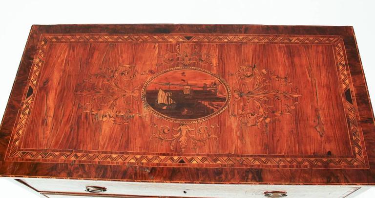 Italian Magnificent 18th Century Maggiolini Commode