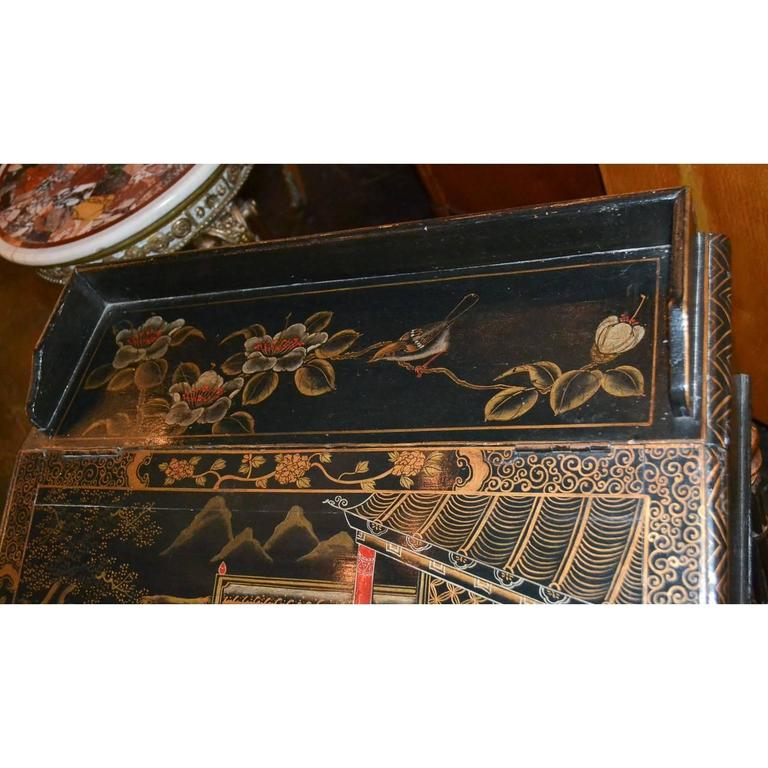 Great Britain (UK) Nice 19th Century English Chinoiserie Davenport Desk For Sale