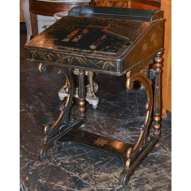 Nice 19th Century English Chinoiserie Davenport Desk For Sale 2