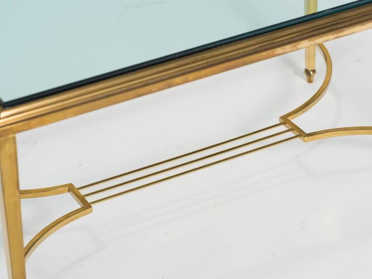 Brass and Glass Table Cocktail Table In Good Condition For Sale In Tarrytown, NY