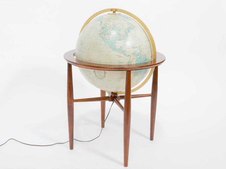 Replogle Illuminated Globe on Stand 3