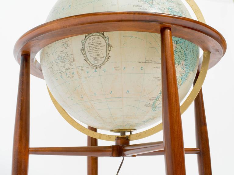 Replogle Illuminated Globe on Stand 4