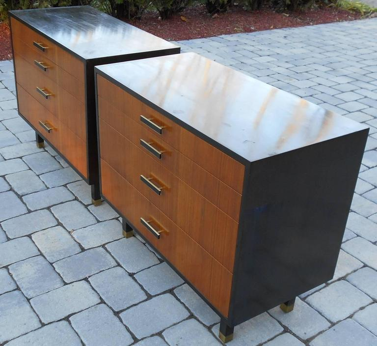 Pair of Harvey Probber Dressers/Chest In Good Condition In Tarrytown, NY