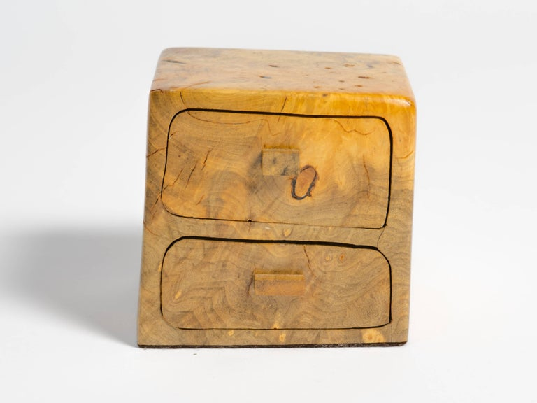 Birds Eye Maple Box In Good Condition For Sale In Tarrytown, NY