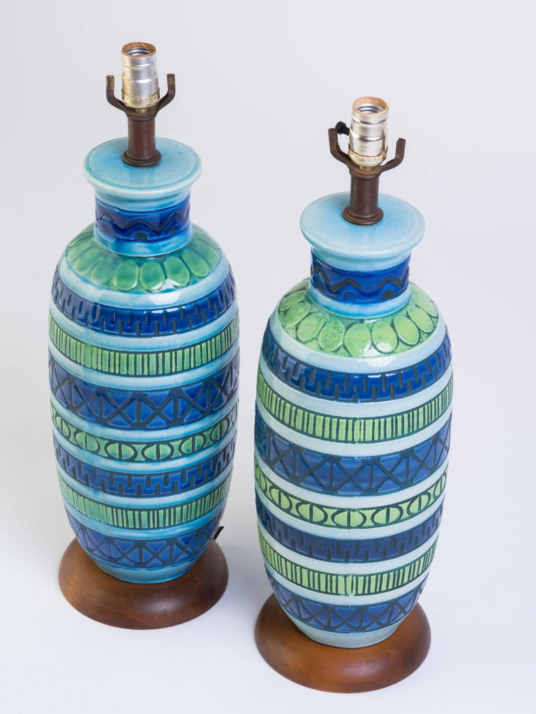 Pair of Blue Italian Ceramic Table Lamps In Good Condition In Tarrytown, NY