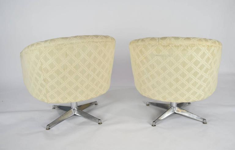 American Pair of Ward Bennett Swivel Lounge or Club Chairs