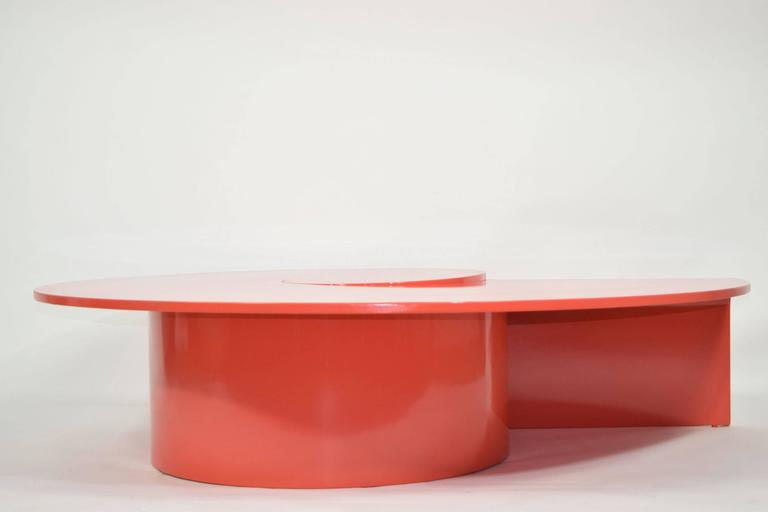 Fabulous Statement Coffee Table in Red/Orange Lacquer 2