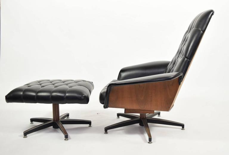 Great Looking Mid Century Modern Leather Chair And Ottoman. Barely Used.  Chairs Rocks