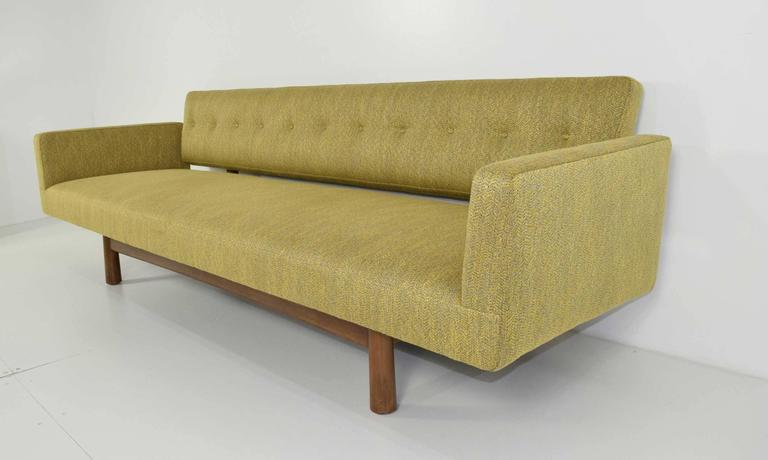 Gorgeous Gondola Bracket Back Sofa by Edward Wormley for Dunbar 2
