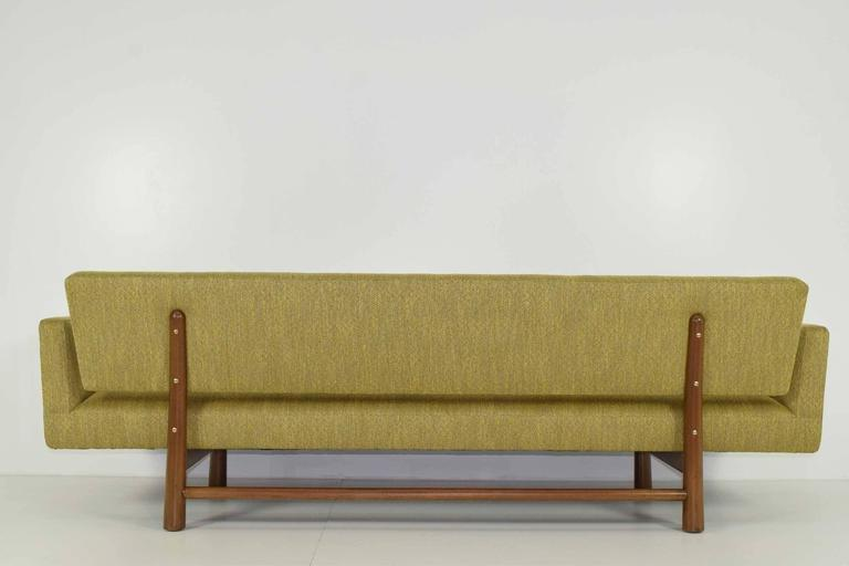 Mid-Century Modern Gorgeous Gondola Bracket Back Sofa by Edward Wormley for Dunbar For Sale