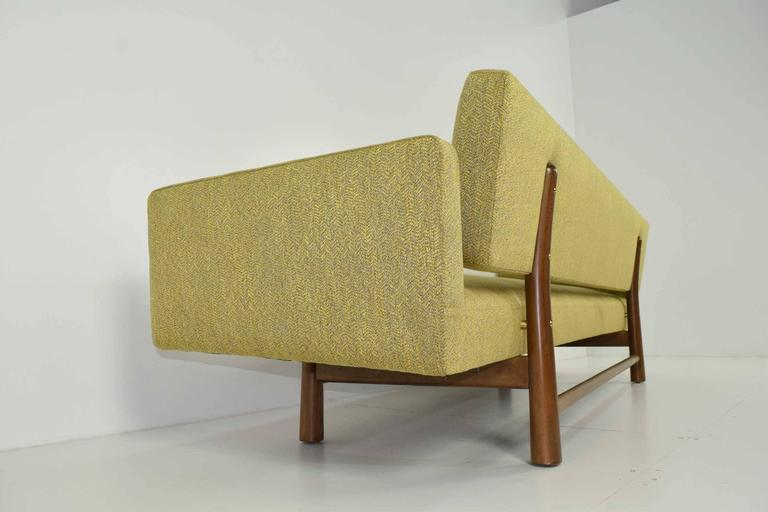 Gorgeous Gondola Bracket Back Sofa by Edward Wormley for Dunbar 4