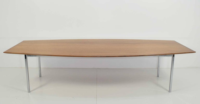 florence knoll boat shaped table in maple for sale at 1stdibs. Black Bedroom Furniture Sets. Home Design Ideas