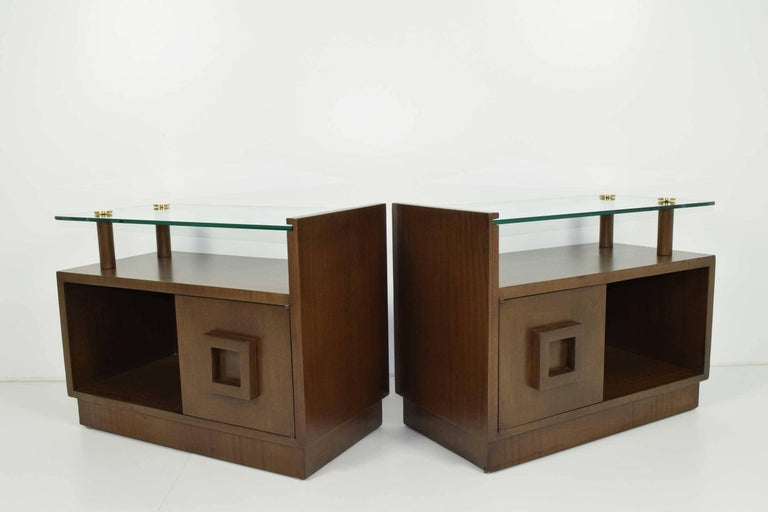 Gilbert Rohde Nightstands In Excellent Condition For Sale In Dallas, TX