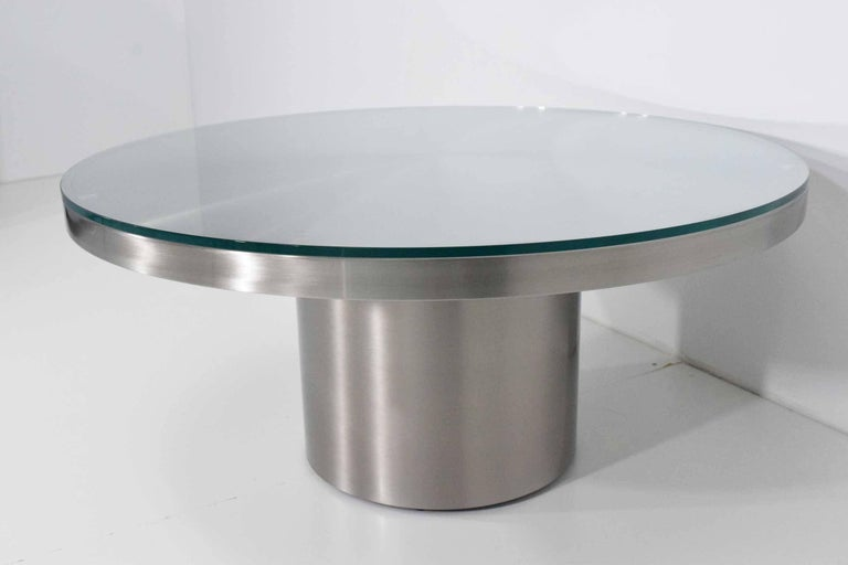 Stainelss Steel Pedestal Base Coffee Table In Good Condition For Sale In Dallas, TX